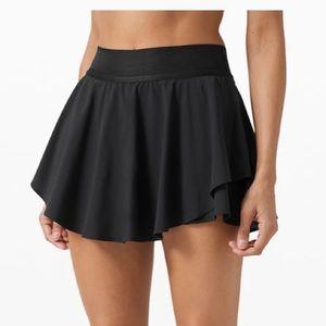 Lululemon Court Rival HR Skirt * Black